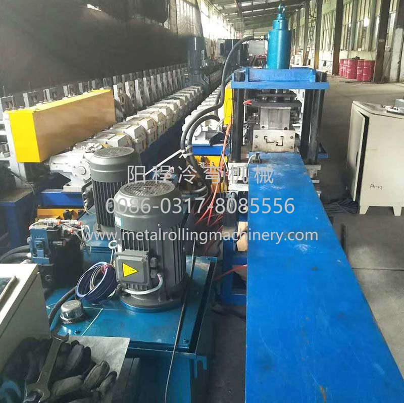 Features And Applications Of Cold Roll Forming Machine