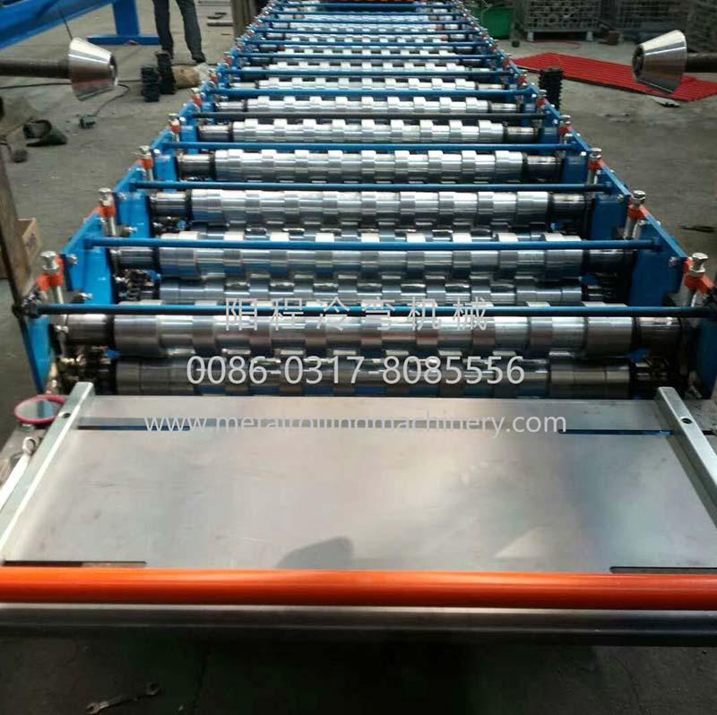 YC Metal Sheet Rolling Door Roll Forming Machine