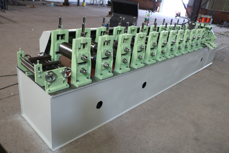 steel profile metal stud and track roll forming machine equipments with punching holes