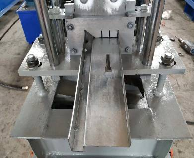 The Maintenance Of The Roll Forming Machine Is Carried Out From 5 Aspects